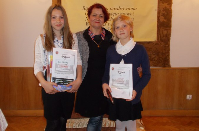 Julia Piechota, Jolanta Begińska i Emilia Trela