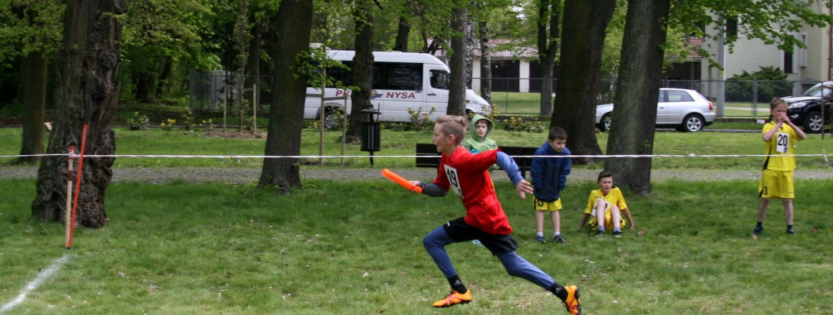 Dominik Jagosz biegnie po złoto
