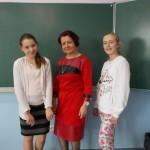 Julka i Natalia z opiekunką  Jolantą Begińską