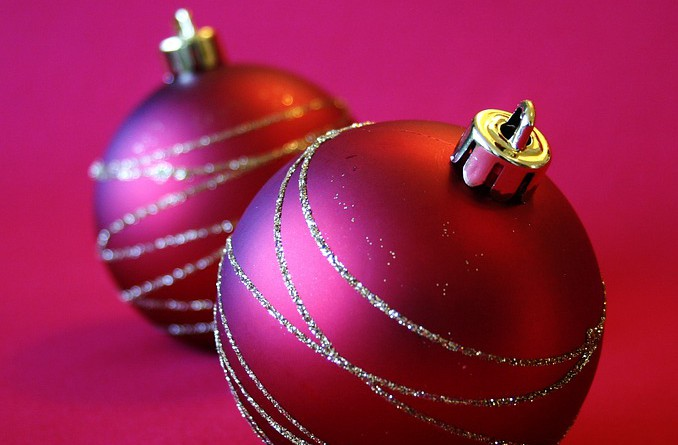 christmas-decorations-1667153_960_720