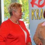 (Od lewej) Prezes Oddziału PTTK Ziemi Brzeskiej Wilhelma Barańska z panią Jolantą Begińską